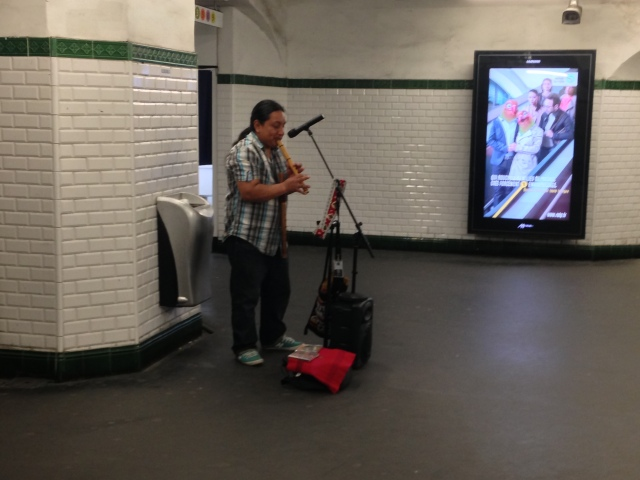 Music in Paris metro