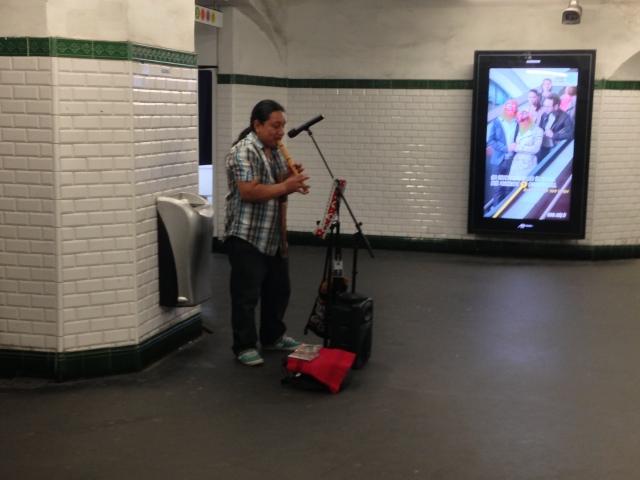 Music in Paris metro