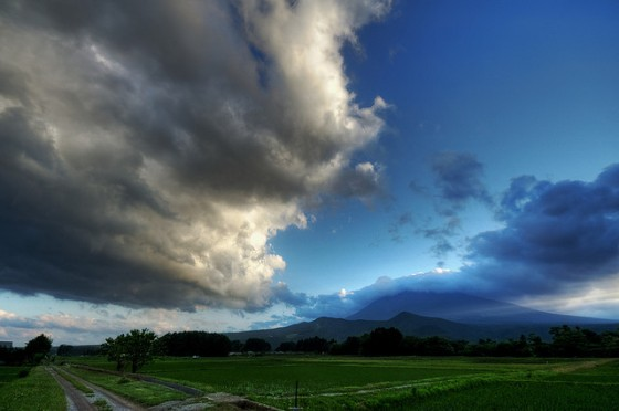 storm line foreboding joy