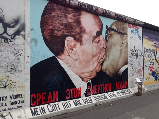 Berlin wall kissing