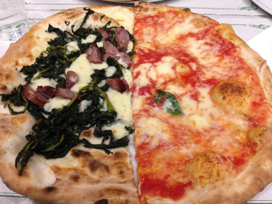 Pizza in its hometown, Naples